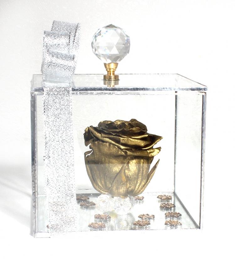 Solmayan Gül (Gold)