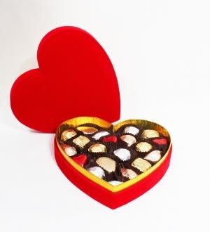 Kalpli Kutuda Misdiba Sargılı Spesiyal Çikolata