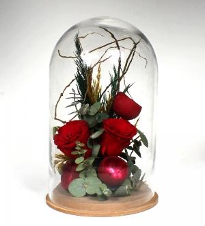 Cam Kürede Solmayan Kırmızı Güller